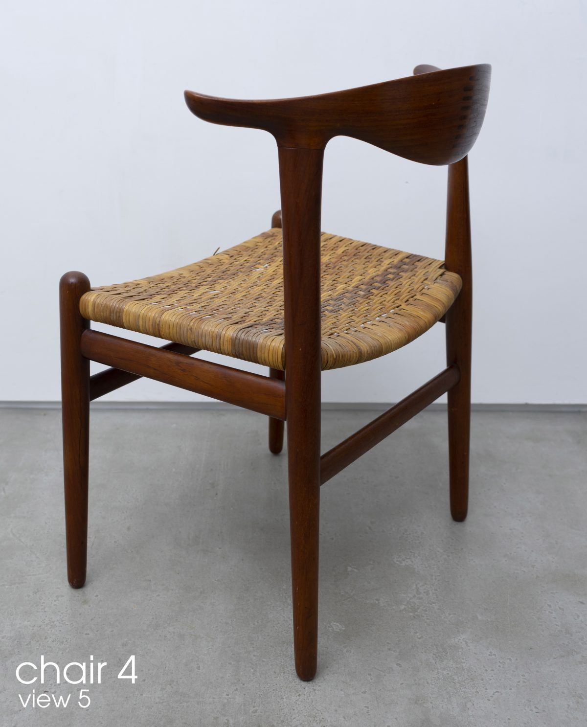 Hans Wegner - Cowhorn chairs (set of six)