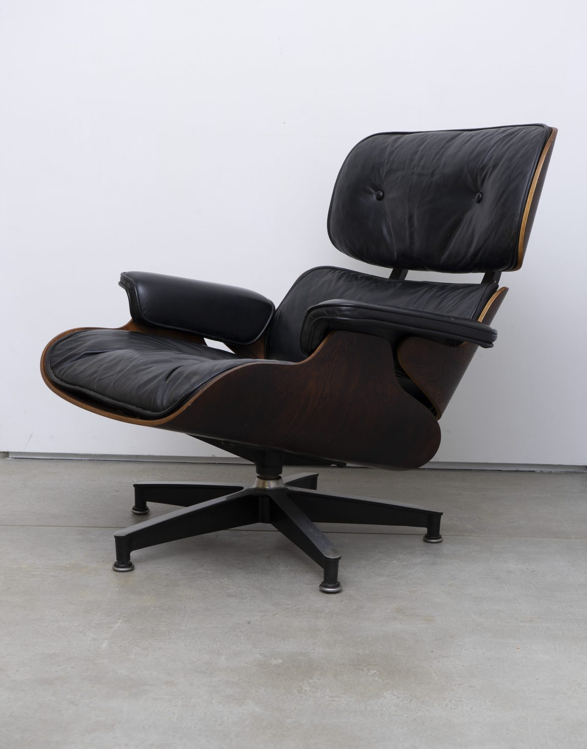 Charles and Ray Eames - Lounge 1
